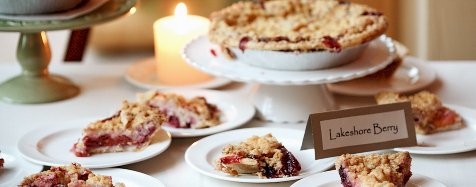 lakeshore-berry-pies-for-weddings-catering-michigan