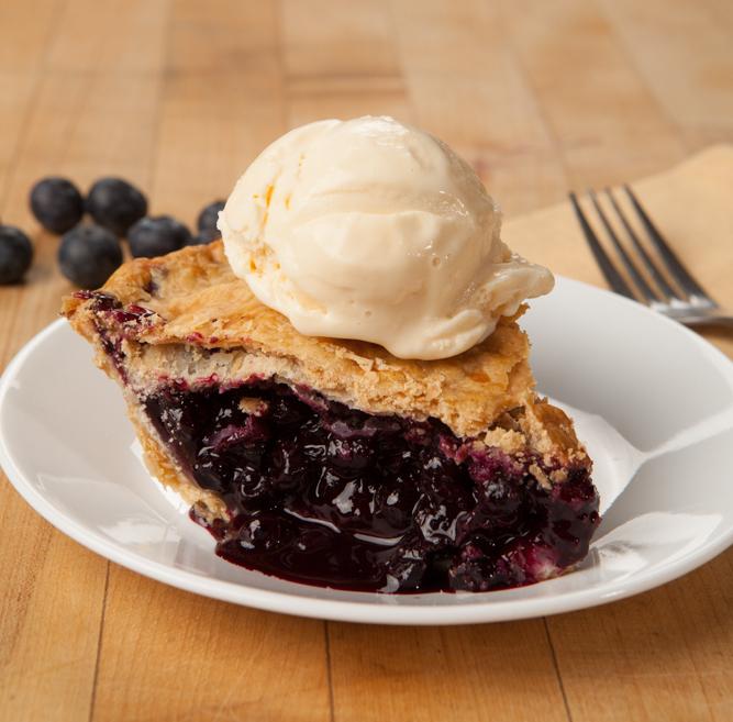 Blueberry Pie a la mode